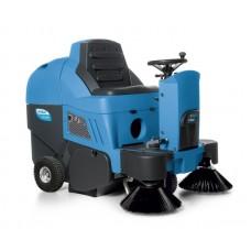 FS 700 Endüstriyel Yol Ve Geniş Alan Süpürme Makinesi
